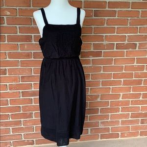 Black light weight midi dress